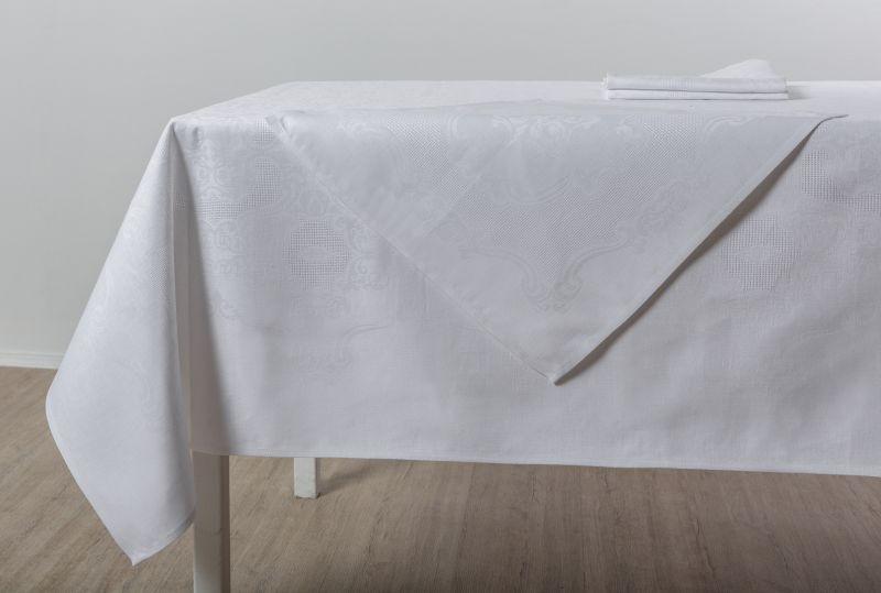 150х250 Белая скатерть с салфетками Марго