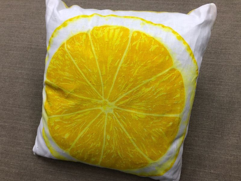 40х40 Декоративная подушка из льна Лимон