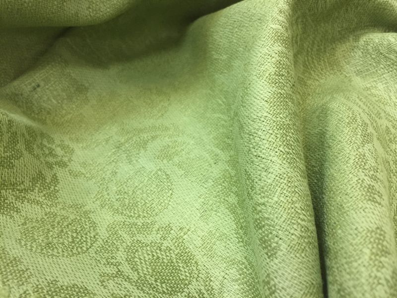 150 см. Ткань зеленая жаккардовая для скатерти Green Roxanne