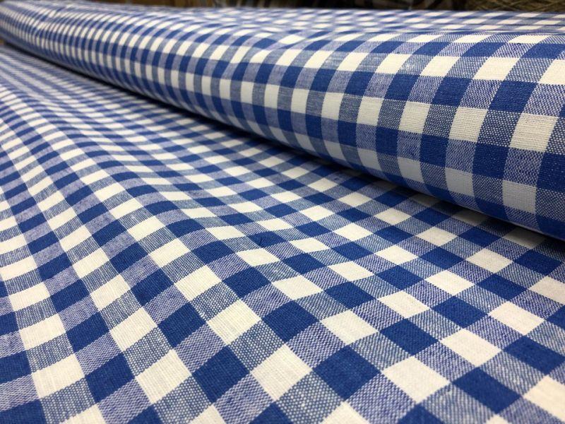 150 см. Ткань лен/хлопок в синюю и белую клетку