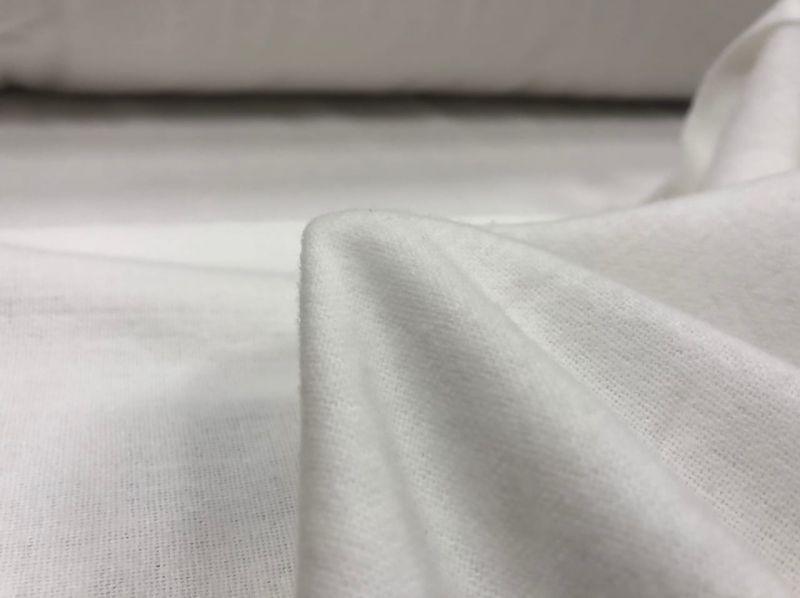 150 см. Белая ткань фланель