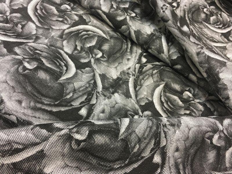 150 см. Льняная ткань для платья Black Rose