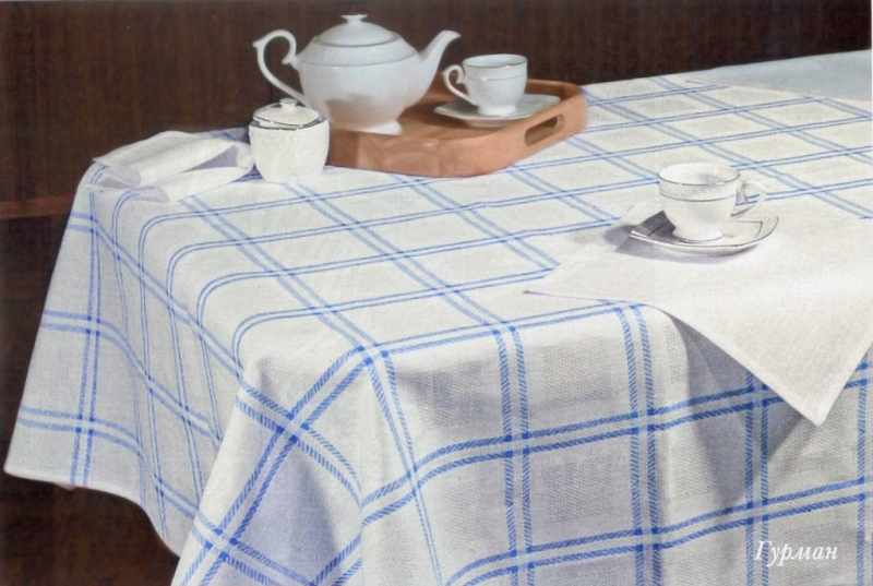 143х120 Кухонная льняная скатерть Морская