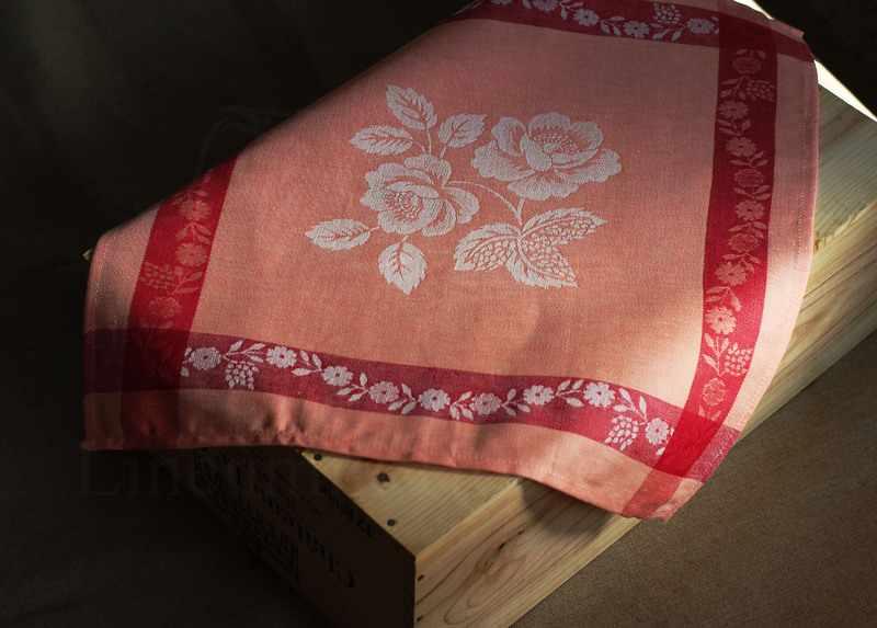 48х48 Столовая льняная салфетка Елизавета red
