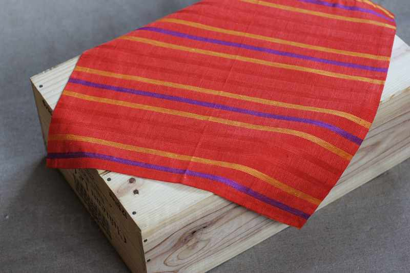 45х45 Жаккардовая льняная салфетка Furia roja