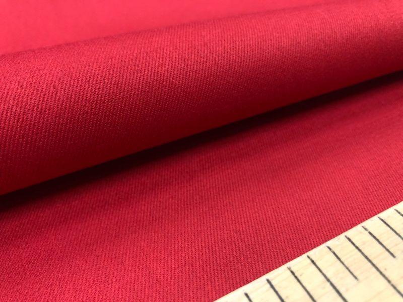 150 см. Ткань твил Красного цвета