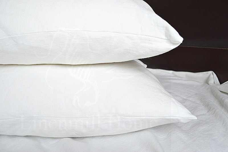 70х70 Белая наволочка Natural linen