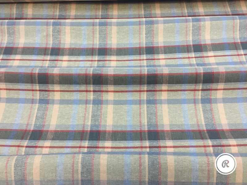 140 см. Умягченная плотная льняная ткань для одежды Scotswoman