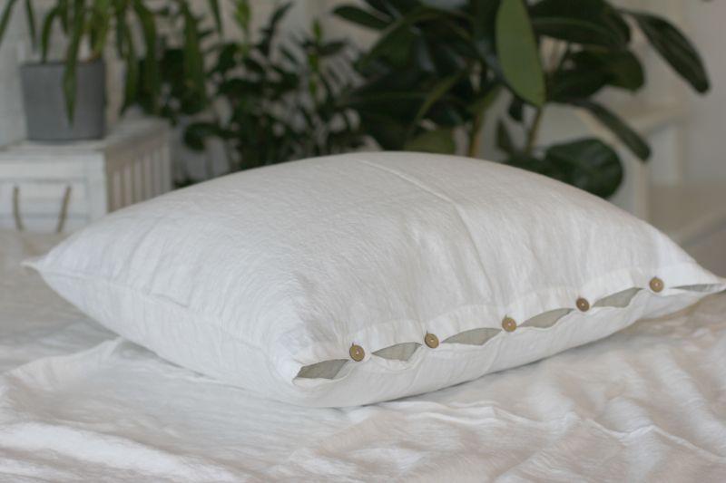 70х70 Белая наволочка из мягкого льна Soft linen