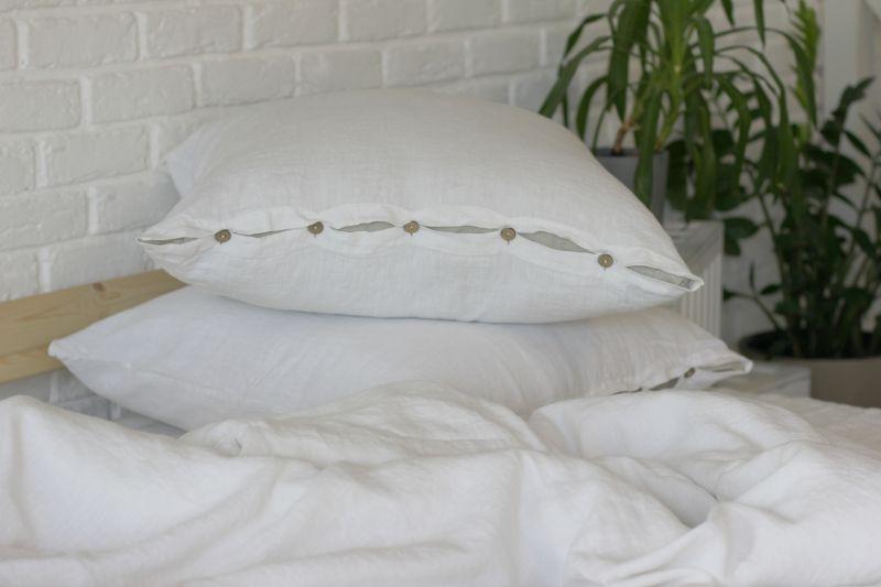 70х70 Белая полульняная мягкая наволочка Soft linen