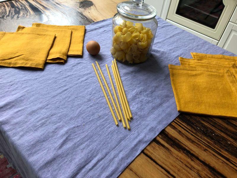50х150 Набор 6 салфеток Amber и сиреневая дорожка на стол