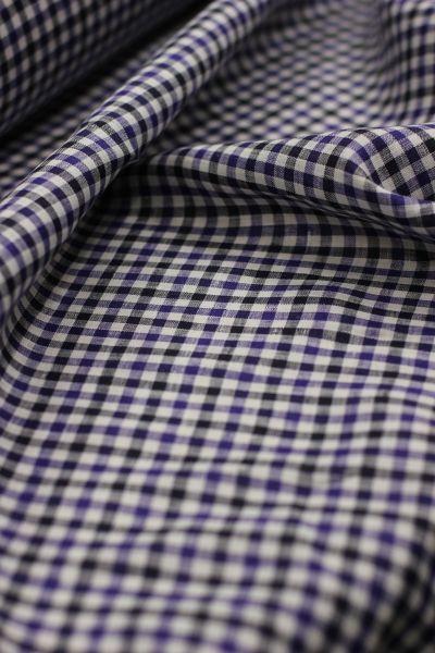 150 см. Ткань сорочечная в клетку Since 1969