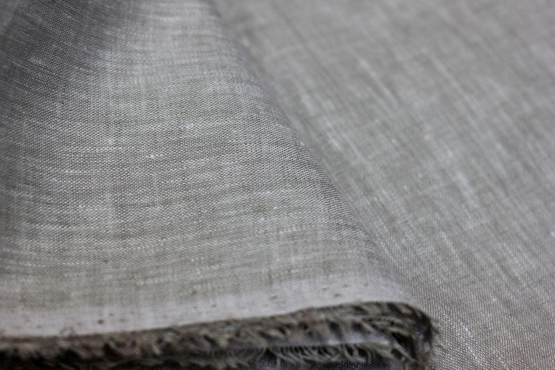 220 см. Ткань для постельного белья натурального цвета 100% лён