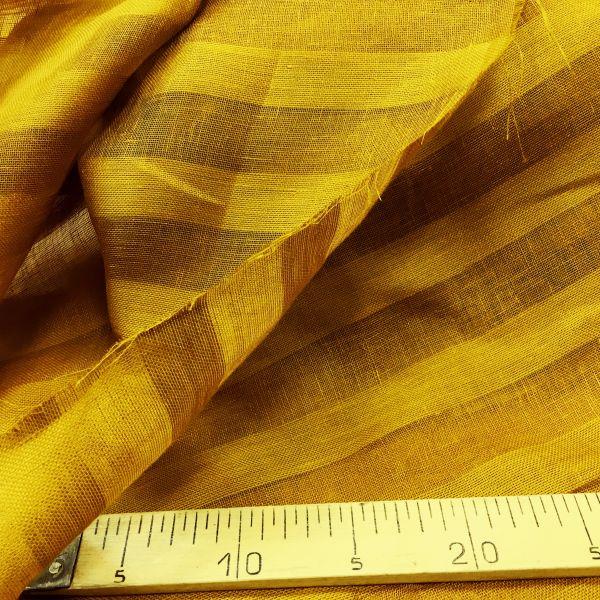 260 см. Золотая тюль с полосой