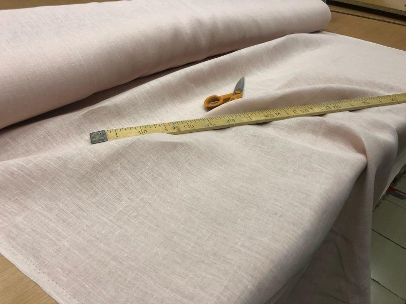150 см. Костюмная льняная ткань Нежная роза