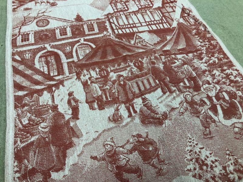 50х70 Новогоднее полотенце Рождественская ярмарка red
