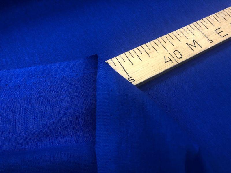 150 см. Ткань хлопковая бязь синяя
