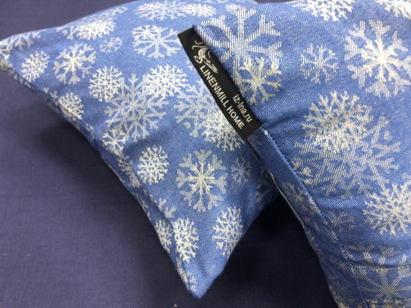 40х40 Синяя новогодняя декоративная наволочка
