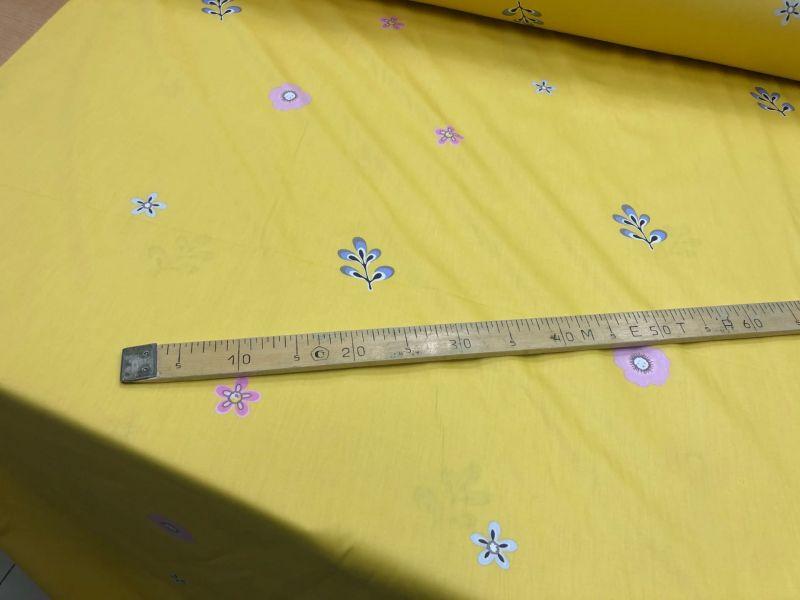 235 см. Ткань для постельного белья сатин Лепестки