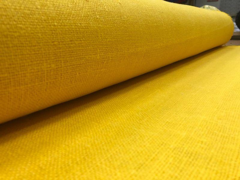 100 см. Ярко желтая мешковина 360 г/м