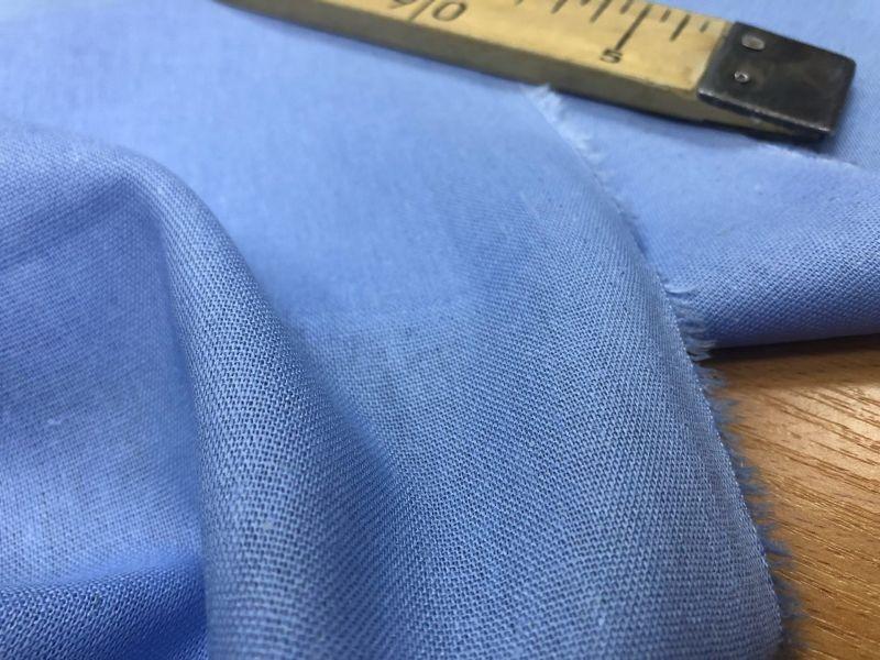 138 см. Лен с вискозой ткань для одежды Голубая