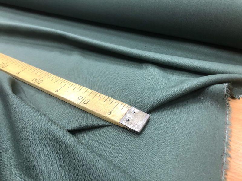 138 см. Лен с вискозой ткань для одежды Изумруд