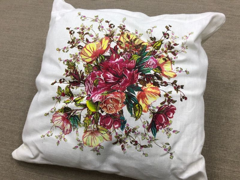 45х45 Уютная декоративная подушка Цветочный микс