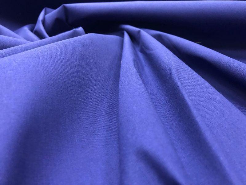 150 см. Ткань хлопковая бязь насыщенно синяя